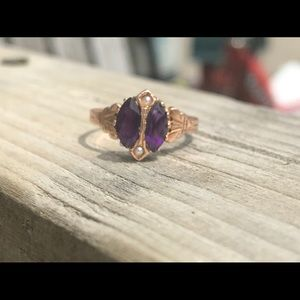 Jewelry - Antique amethyst ring